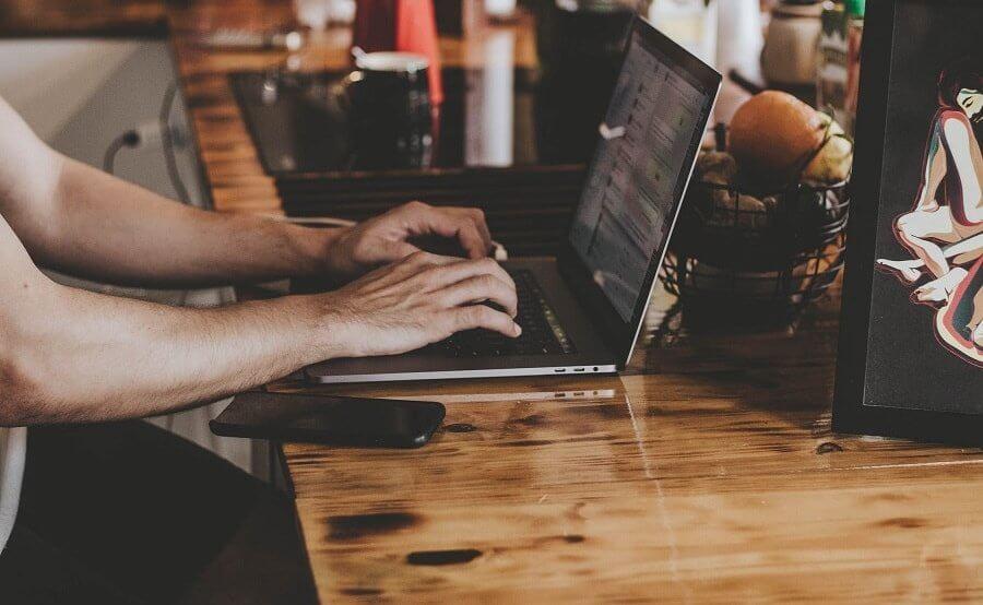 laptop poleasingowy do firmy